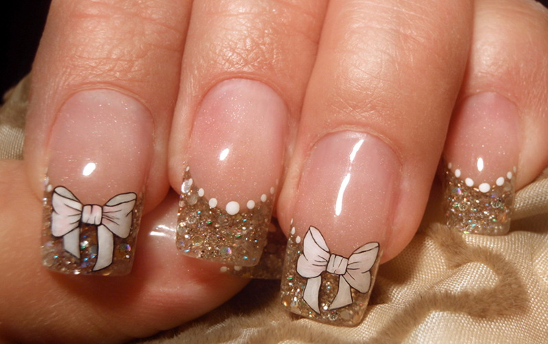 Дизайн ногтей с бантиками фото